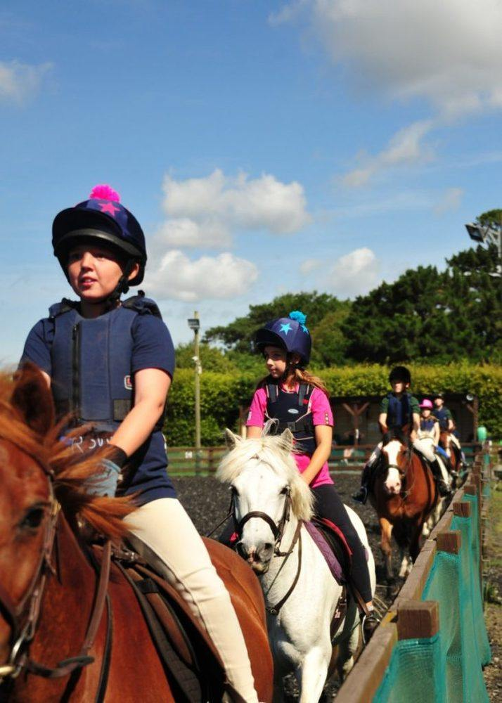 children's riding lessons