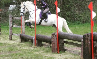 Livery Cross Country Schooling, Livery Cross Country Schooling